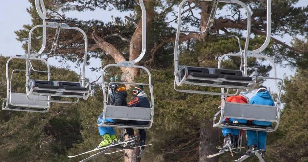 La estación de Navacerrada alega para no perder el esquí