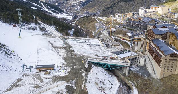 Grandvalira estrena la plataforma de Soldeu construida para la Copa del Mundo de Esquí