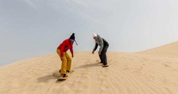 Qatar promueve su arena para esquiar y hacer snowboard a los que no han podido ir a la nieve