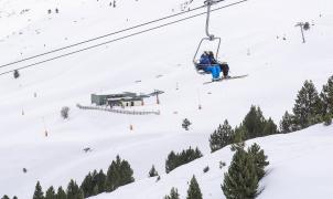 Papá Noel y los Reyes Magos esquiarán en los 170 km de pistas de Aramón estas navidades