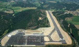 El aeropuerto de La Seu todavía deberá esperar unos meses más para disponer de GPS