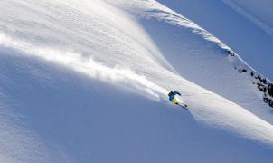 La temporada del hemisferio sur y los glaciares marcarán como puede ser el esquí post-coronavirus