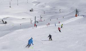 Arranca otro fin de semana de esquí, sol, competiciones y música en las pistas de Aramón