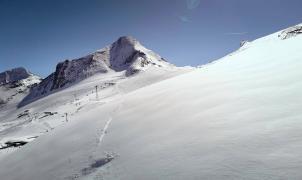 Las nevadas de mayo dejan los glaciares en muy buenas condiciones para el esquí de verano