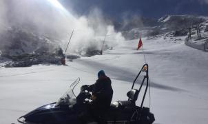 Valdesquí vuelve a abrir este viernes y La Pinilla el sábado tras una semana muy complicada