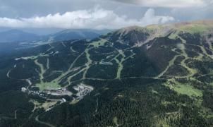 ¿Cómo afectará un verano lluvioso como éste a la nueva temporada de esquí?