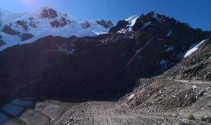 Tres montañeros españoles y un guía peruano muertos por una avalancha en el nevado Mateo