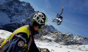 Cinco esquiadores muertos y cinco heridos en tres avalanchas en el macizo de Ecrins