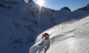 SwissLines, el proyecto de 2 freeriders del Pirineo para filmar líneas imposibles en los Alpes suizos