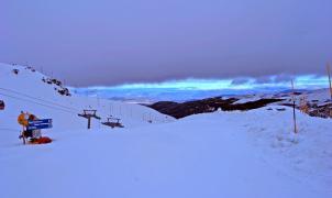 Sierra Nevada comienza la campaña de primavera con nieve polvo y más de 104 km de longitud esquiable