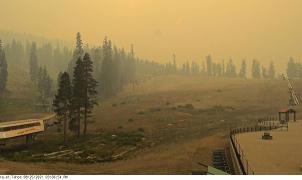 El mayor incendio forestal activo de EE. UU. amenaza Lake Tahoe