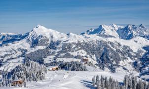 A la venta el forfait más grande del mundo: Snow Card Tirol, para esquiar en 4.000 km de pistas