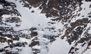 La nueva aventura de Aymar Navarro: una línea extrema esquiando en el Cajón del Maipo