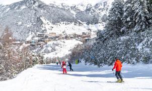 Las nevadas permiten a Grandvalira abrir los 210 km con hasta 150 cm de nieve. Fotos y vídeo