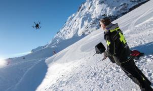 Los drones ganan protagonismo para controlar las pistas de esquí