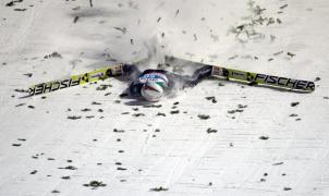 Estremecedora caída de Simon Ammann en Bischofshofen