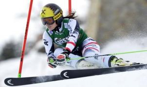 La austriaca Anna Fenninger se impone en el eslalon gigante de Lienz
