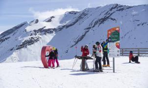 Plan Aramón para celebrar San Valentin: Esquí, solazo, naturaleza y experiencias únicas