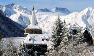 Baqueira y la Val d'Aran intentan seducir al esquiador japonés