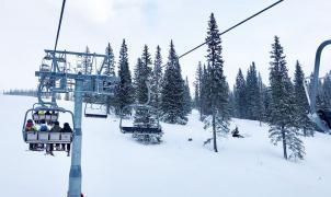 Temor a que las estaciones de esquí de Suecia se conviertan en foco del coronavirus si no cierran