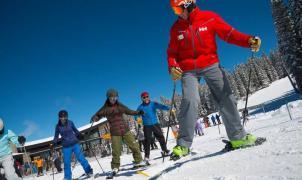 """Los """"profes"""" de esquí de Andorra y España ganan más que los de EE.UU. y menos que los de Francia"""
