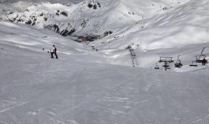 Astún prorroga la temporada de esquí una semana más y cerrará sus pistas el domingo 22 de abril