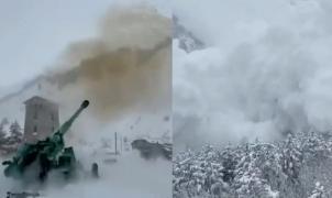 Vídeo: Disparan un cañón del ejército para provocar una gran avalancha preventiva en el Cáucaso
