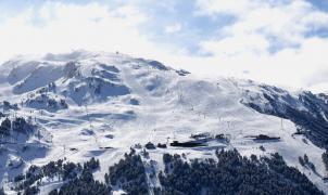 Abril llega con 15 cm de nieve y más de 100 km de pistas en Baqueira Beret