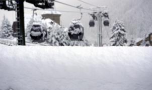 Imágenes de la nevada en el Pirineo a la espera de más nieve el fin de semana