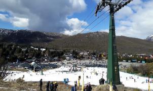 Evacuadas un centenar de personas de un  telecabina y un telesilla descarrilados en Bariloche