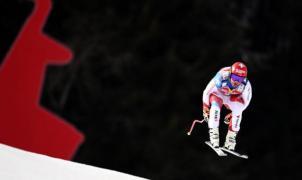 Algunos corredores cuestionan el primer descenso de esquí transfronterizo entre Italia y Suiza