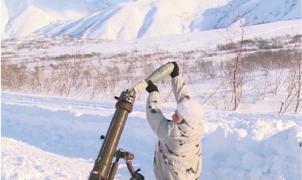 Bombardeo de las tropas rusas para destruir áreas propensas a las avalanchas en Kamchatka
