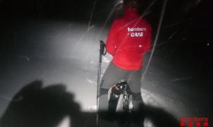 La primera nevada de la temporada deja más de 40 cm y 2 excursionistas perdidos en el Puigpedrós