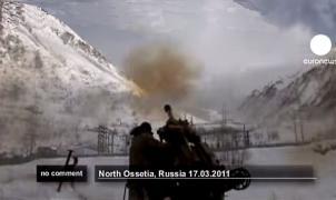 Impresionante vídeo: Utilizan artillería para provocar una avalancha y les cae encima