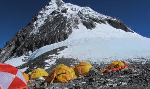 Encuentran 4 escaladores muertos en el C4 del Everest, el total asciende a 9 este mes