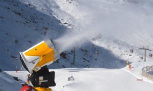 Sierra Nevada podría ser pionera en usar aguas residuales para producir nieve artificial