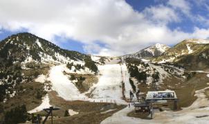 Vallter 2000 y Port del Comte han avanzado el final de la temporada por falta de nieve
