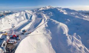 """Nueva Zelanda anuncia una apertura de las estaciones de esquí """"sin límite"""" de aforo"""