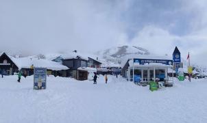 Bariloche registra la mayor nevada en 20 años y Villa La Angostura queda aislada por la nieve