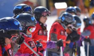 """Comenzó en Chapelco el Plan de Esquí Comunitario """"Aprendiendo en la Nieve 2016"""""""