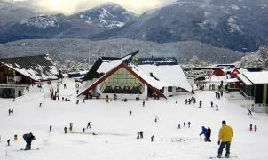 Chapelco y otros centros invernales de Neuquén retrasan la apertura de la temporada