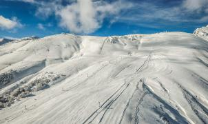 Argentina y Chile preparan protocolos para abrir la temporada de esquí en plena pandemia