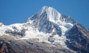 Un montañero español fallece cuando escalaba en el Himalaya sin permiso