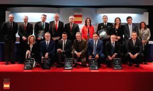 Sierra Nevada 2017: placa olímpica al Mérito Deportivo por el COE