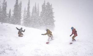 Algunas estaciones de EE.UU. y Canadá rompen récords de nieve: Mt.Baker recibe 746 cm en enero