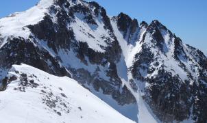 Una mujer resulta herida por una avalancha cerca del Aneto