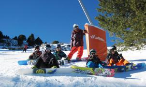 Las escuelas de esquí exigen un plan de rescate para el sector de la nieve en la Cerdanya y Ripollès
