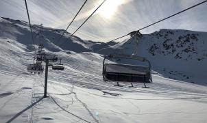 Las estaciones de Francia pierden el 16% de los esquiadores por el coronavirus