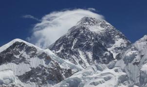 El Everest podría haberse elevado sobre el Himalaya tras el terremot de Nepal