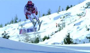 Feuz gana el accidentado descenso de Kitzbühel y Goggia logra el triplete en el de Crans Montana